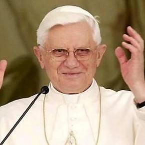 Le pape admet le préservatif <I>dans certains cas</I>  - Sida
