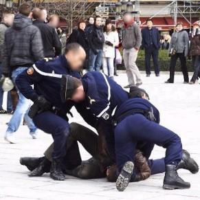 SOS Homophobie conteste le délai de prescription des insultes  - Kiss-in de Notre-Dame