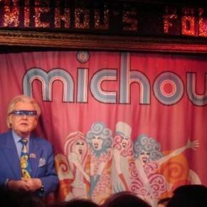 Michou, l'homme en bleu de Montmartre, fête ses 80 ans - Anniversaire