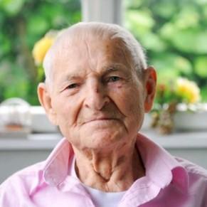 Les obsèques de Rudolf Brazda, dernier déporté pour homosexualité, ont été célébrées