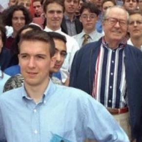 Le nouveau secrétaire national Guillaume Peltier ment sur son l'âge de son passage au Front national - UMP