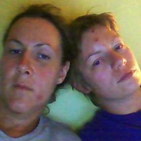 Deux lesbiennes québécoises violemment agressées devant leurs enfants  - Paris