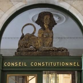 Les maires ne peuvent pas refuser de marier des homosexuels, a tranché le Conseil constitutionnel  - Mariage gay