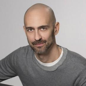Le directeur du magazine de Dolce & Gabbana Swide démissionne  - Polémique