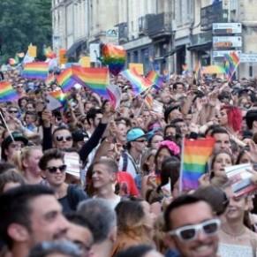 Les associations LGBT dans l'incertitude dans les régions qui basculent à droite