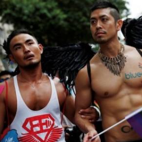 Espoirs et déchirures à Taïwan au sujet du mariage gay - Asie