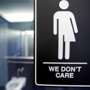 Vers la fin de la bataille des toilettes en Caroline du Nord - Transgenres