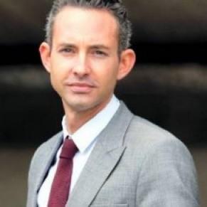 Prison avec sursis requise contre les auteurs de tweets homophobes adressés à Ian Brossat