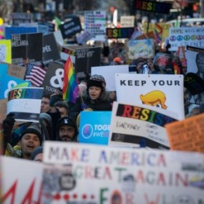 3.000 personnes contre Trump à l'appel de la communauté gay