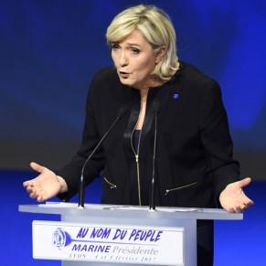 Marine Le Pen confirme sa volonté d'abroger le mariage pour tous - Présidentielle