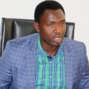 Un ministre menace de publier les noms de gays