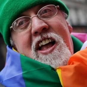 Mort de Gilbert Baker, créateur du drapeau arc-en-ciel symbole de la fierté LGBT - Disparition