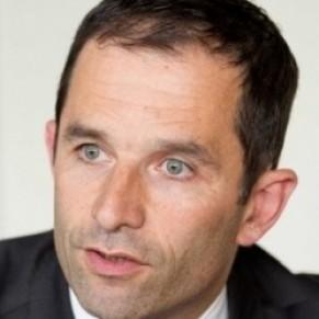 Benoît Hamon confie avoir eu <I>des discussions passionnantes</I> avec la Manif pour tous