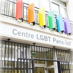 Agression transphobe devant le Centre LGBT de Paris Ile de France - Paris