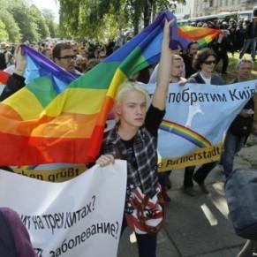 Deux policiers blessés lors d'une manifestation LGBT - Ukraine