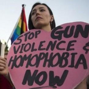 Un an après le massacre d'Orlando, des Anges en bouclier contre l'homophobie