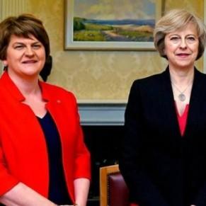 Un accord de gouvernement avec les unionistes nord-irlandais renforcerait l'intediction du mariage gay - Irlande du Nord
