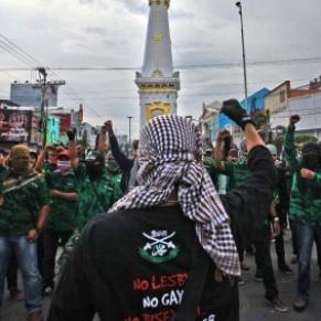Le Parlement européen s'inquiète de l'intolérance homophobe en Indonésie