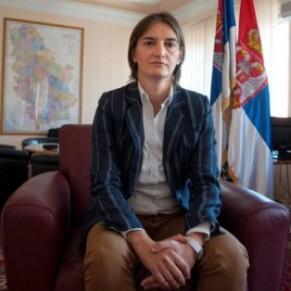 Ana Brnabic, une femme ouvertement lesbienne, nommée Première ministre - Serbie