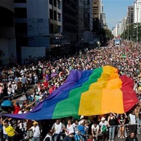 La Gay Pride de Sao Paulo s'est déroulée sous le signe de la laïcité - Brésil