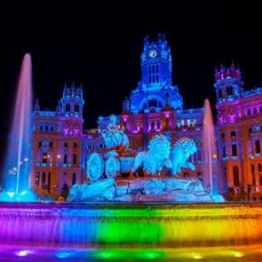 Madrid, recouverte d'arc-en-ciels lance sa WorldPride
