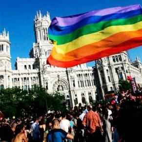 A Madrid, une marche mondiale LGBT très festive et surveillée - Espagne