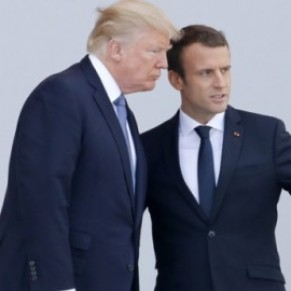 Donald Trump a-t-il fait une blague homophobe au sujet du président Macron? - Buzz