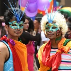 Une marche des fiertés pour l'égalité des droits des homosexuels à Katmandou  - Népal