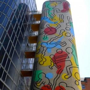 La tour de l'artiste Keith Haring à l'hôpital Necker entame une deuxième vie - Arts