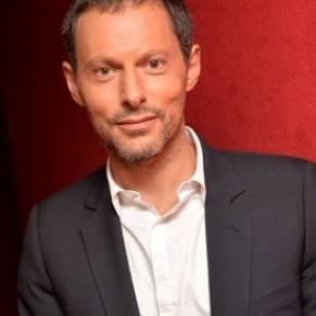 Père de deux petites filles, Marc-Olivier Fogiel prépare un livre sur la GPA - Homoparentalité