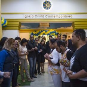En pleine croisade contre les gays, une Église leur ouvre les bras - Brésil