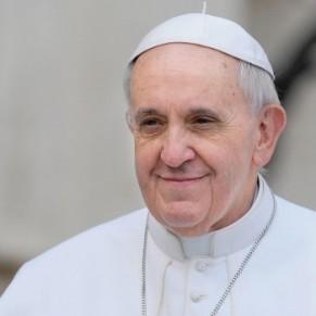 Le pape François rejette les opérations de réassignation de genre - Transgenres
