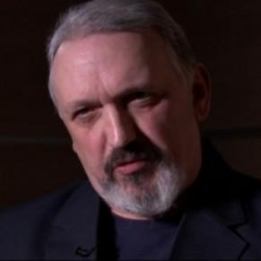 Un ex activiste néo-nazi fait son coming out et se repend de son passé - Grande-Bretagne