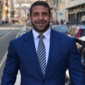 Un ancien acteur porno gay devient enseignant à l'université de Rome - Italie