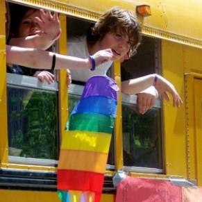 Les manuels scolaires prennent désormais en compte les personnages historiques LGBT - Californie