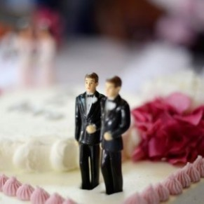 L'Amérique s'enflamme autour d'un gâteau de mariage gay  - Egalité