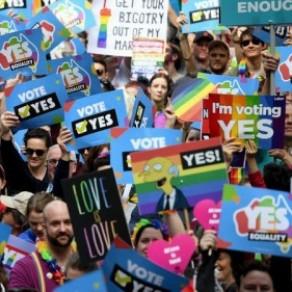 Le Parlement adopte la loi sur le mariage gay