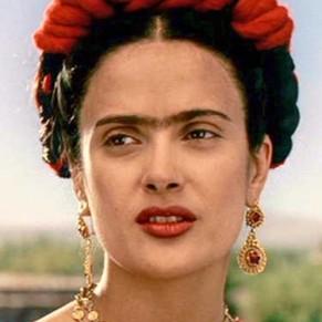 Salma Hayek accuse Harvey Weinstein de l'avoir forcée à tourner une scène de nu lesbien dans le film <I>Frida</I> - Abus sexuels