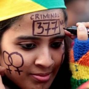 La Cour suprême indienne va réexaminer la validité de l'article 377 qui criminalise l'homosexualité - Inde