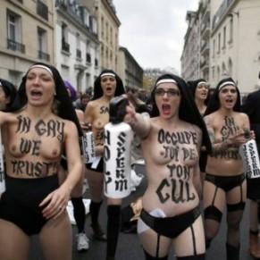 Au procès des violences contre des Femen, les dénégations des prévenus - Mariage gay