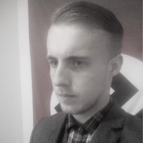 Un jeune néo nazi jugé pour avoir projeté un attentat contre un bar gay - Grande-Bretagne