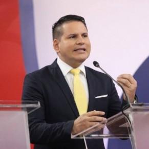 Le pasteur évangélique Fabricio Alvarado va poursuivre sa campagne anti-gay jusqu'au 2e tour - Costa Rica / Présidentielle