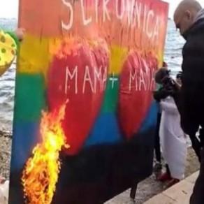 Un livre sur l'homoparentalité brûlé en public suscite l'indignation  - Croatie
