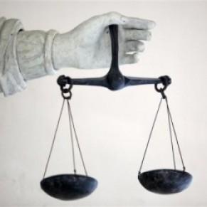 Un employeur condamné pour avoir traité un de ses salariés de <I>pédé</I>  - Justice / Discrimination