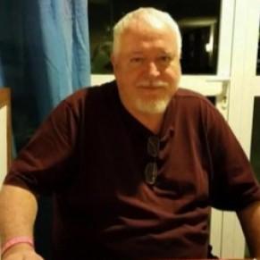 Le tueur d'homosexuels inculpé d'un sixième meurtre - Toronto
