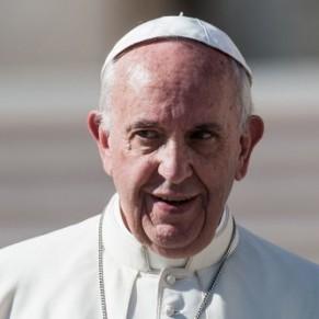Les catholiques pratiquants de droite reprochent au pape son ouverture sur l'homosexualité - Sondage