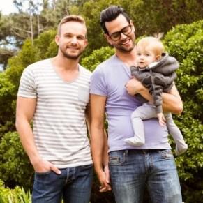 SOS homophobie interpelle le gouvernement sur la question de la filiation - PMA / Filiation