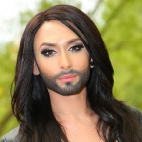 Conchita Wurst révèle sa séropositivité pour couper court au chantage d'un ex-boyfriend - Autriche