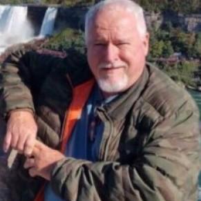 Le tueur en série présumé d'homosexuels inculpé d'un 8ème meurtre - Toronto