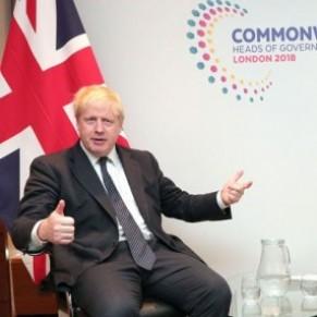 Le ministre des Affaires étrangères assure défendre les droits LGBT dans le Commonwealth - Grande-Bretagne